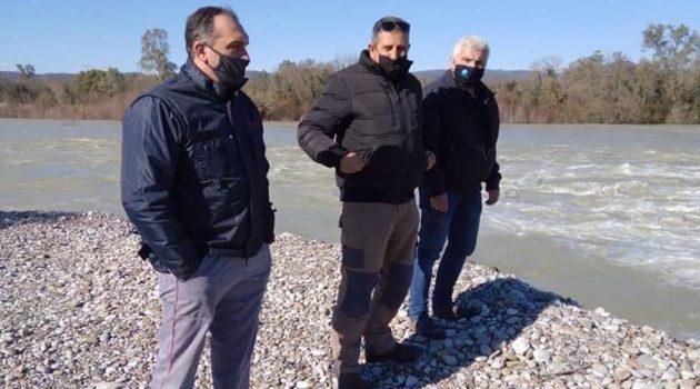 Ο Δ. Αναστασίου με κλιμάκιο της Π.Δ.Ε. σε πλημμυρισμένα σημεία του Αχελώου (Photos)
