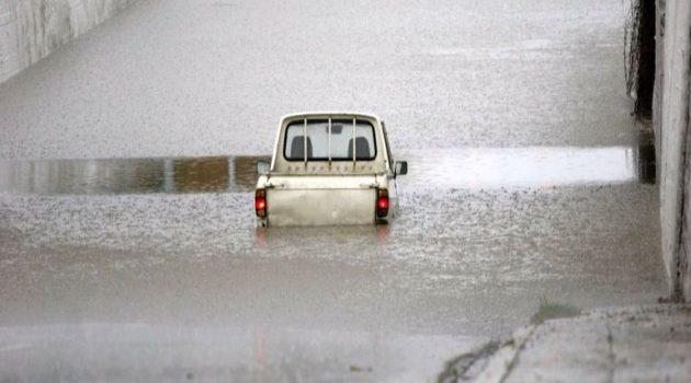 Ισχυρή κακοκαιρία από Σάββατο βράδυ – Καταιγίδες και υψηλός κίνδυνος για πλημμύρες