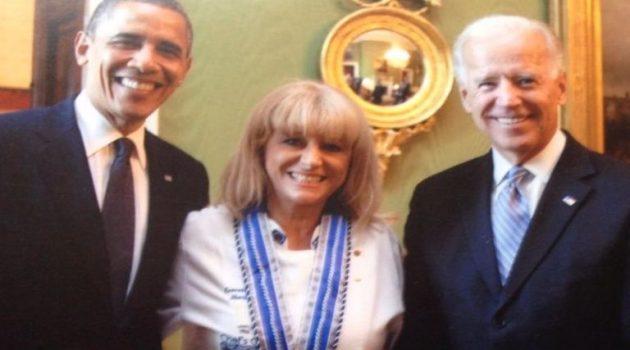 Η Ναυπάκτια Μαρία Λόη ανάμεσα σε δύο Προέδρους των Η.Π.Α. (Photo)