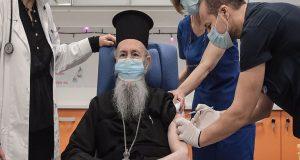 Στον Ευαγγελισμό για τη δεύτερη δόση του εμβολιασμού ο κ.…