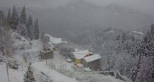 Στα λευκά «έντυσε» την ορεινή Ναυπακτία ο «Λέανδρος» (Videos –…