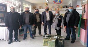 Σύλλογος Ελαιοπαραγωγών Αιτωλικού: Ελαιόλαδο σε κοινωνικές δομές της Π.Δ.Ε. (Photo)