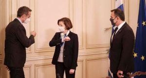 Μητσοτάκης σε Παρλί: «Η αγορά των Rafale είναι προωθητική δύναμη…