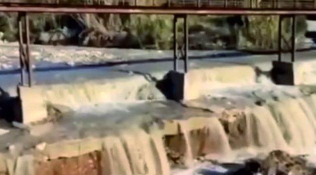 SOS των κατοίκων στα «Καρελεϊκα» Ναυπακτίας: Φόβοι κατάρρευσης πεζογέφυρας (Video)