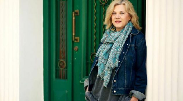 Ελένη Πριοβόλου στο AgrinioTimes.gr: «Όσο ζω θα γράφω, γιατί αυτή είναι η ζωή μου»