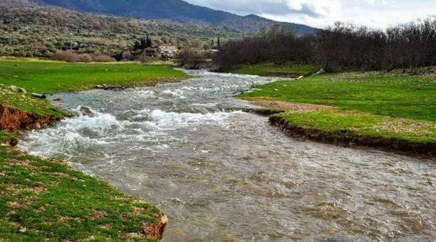 Λίμνη Αμβρακία: «Έσπασε» ο Ρίβιος (Videos – Photos)