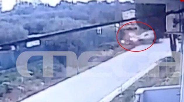 Ανατριχιαστικό βίντεο από το τροχαίο στην Κρήτη όπου σκοτώθηκαν μητέρα και κόρη