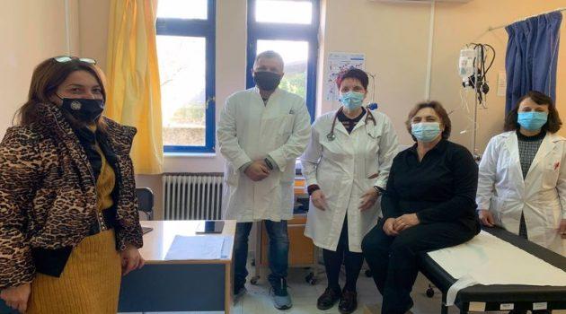 Πρώτη μέρα εμβολιασμών στο Κέντρο Υγείας Δήμου Θέρμου (Photos)