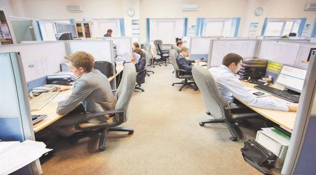 Βορίδης: Μελετάμε μπόνους επιβράβευσης στους δημόσιους υπαλλήλους