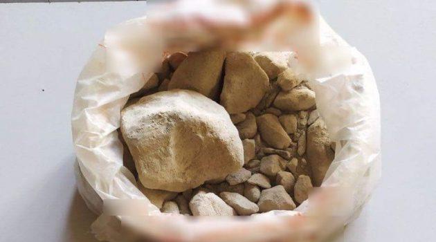 Αγρίνιο: Δύο συλλήψεις για κατοχή «βράχου» ηρωίνης και κάνναβης