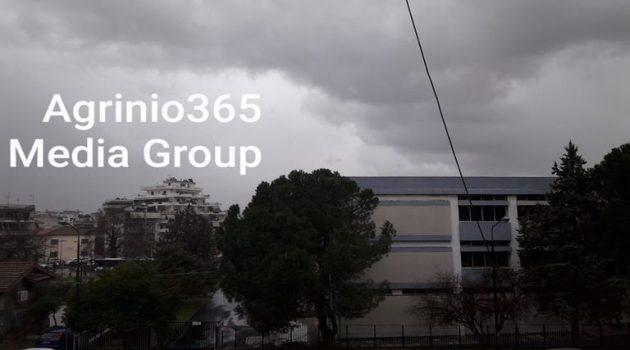 Αγρίνιο: «Αγριεύει» ο καιρός – Ισχυροί άνεμοι (Video – Photos)