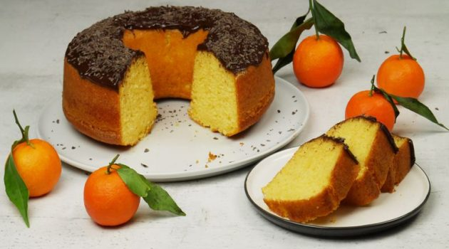 Κέικ με μανταρίνια χωρίς μίξερ