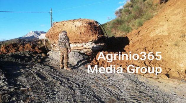 Κλειστός ο δρόμος στην Κερασέα Αγρινίου εξαιτίας κατάπτωσης μεγάλης πέτρας (Photos)