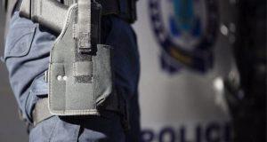 Νέα Σμύρνη: Αστυνομικοί συνέλαβαν άνδρα για επίθεση σε μαθήτριες