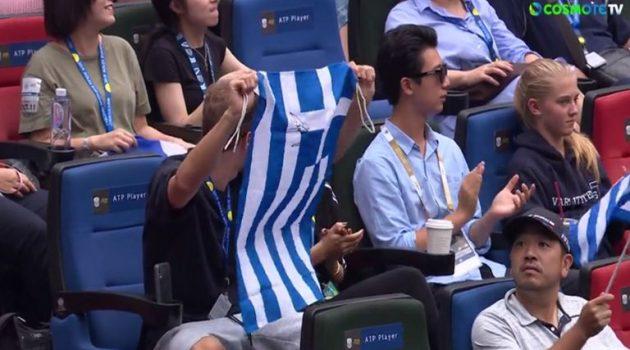 Στέφανος Τσιτσιπάς: Με Έλληνες στο πλευρό του κόντρα στον Μεντβέντεφ