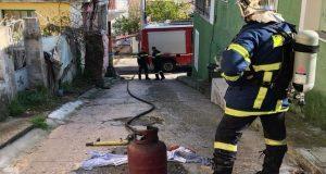 Λυσιμαχία Αγρινίου: Φωτιά σε φιάλη υγραερίου