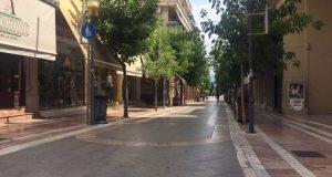 Καπραβέλος: «Κίνδυνος έκρηξης στα κρούσματα και επιστροφής σε lockdown»