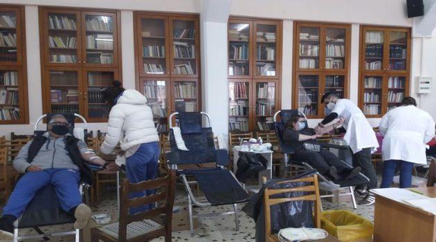 Ο Πολιτ. Λαογρ. Συλ. Γυναικών Αστακού σε Εθελοντική αιμοδοσία (Photos)