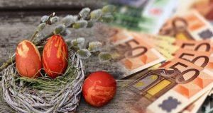 Δώρο Πάσχα 2021: «Ψαλίδι» για 500.000 εργαζόμενους