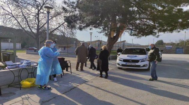 Αιτωλ/νία – Ε.Ο.Δ.Υ.: Διενεργήθηκαν 119 τεστ μέσα από το αυτοκίνητο, δύο θετικά