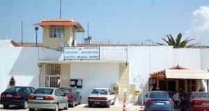 Μεταγωγές κρατουμένων θετικών στον ιό από τις Φυλακές του Αγ.…