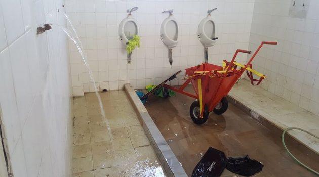Γήπεδο Καλυβίων: Βανδαλισμοί και φθορές στα αποδυτήρια (Photos)