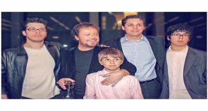 Γιάννης Πάριος: Γενέθλια για τον τραγουδιστή – Η σπάνια φωτογραφία…