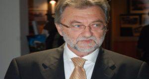 Γ. Αναγνωστόπουλος: «Να μην ασχολούνται με την πολιτική μου διαδρομή»