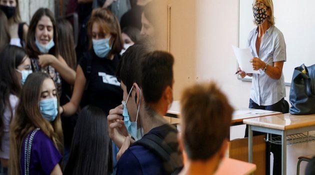 Με αρνητικό μοριακό ή Rapid Test οι ανεμβολίαστοι εκπαιδευτικοί στα σχολεία