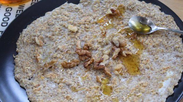 Κουακερόπιτα (πίτα βρώμης) με λιναρόσπορο