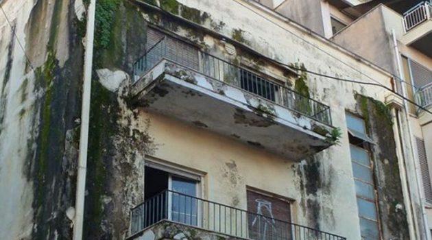 Γ. Παπαναστασίου: «Υπόγειο πάρκινγκ το κτίριο του Ο.Ε.Κ.» – Καπνικός και αποθήκες