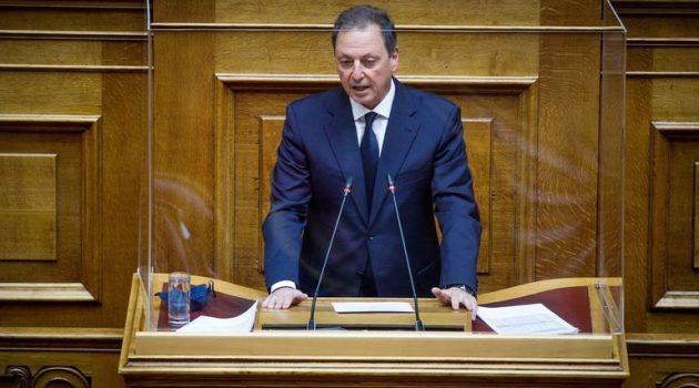 Τροπολογία Λιβανού για τους εργάτες γης από τρίτες χώρες