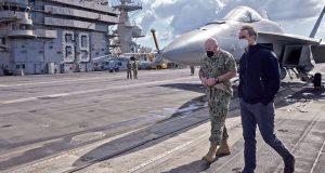 Στο αεροπλανοφόρο «Eisenhower» ο Μητσοτάκης (Videos – Photos)