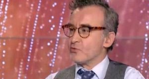 Νίκος Ορφανός: «Σκηνοθέτης μου έλεγε άντε γ@μ@σ@υ @ρχ@δ@ μπροστά στον…