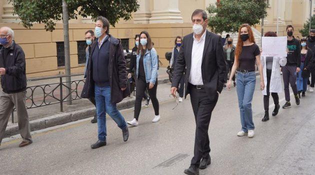 Πάτρα: Ο Κώστας Πελετίδης στηρίζει τον αγώνα των φοιτητών (Photos)