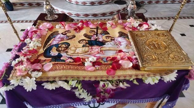 Ιερός Ναός Αγίων Αναργύρων Αγρινίου: Ο Στολισμός του Επιταφίου (Photos)