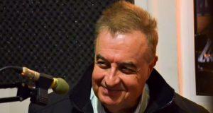 Πέθανε από κορωνοϊό ο τραγουδιστής Λευτέρης Μυτιληναίος (Videos)