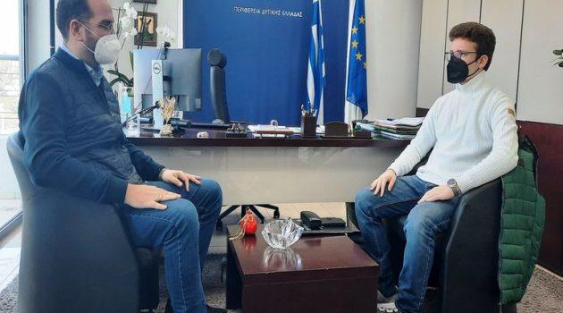 Μαθητής Λυκείου πήρε συνέντευξη από τον Περιφερειάρχη Δ. Ελλάδας Νεκτάριο Φαρμάκη