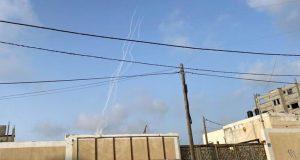 Ισραήλ: Επίθεση με πυραύλους και εκρήξεις – Ηχούν σειρήνες
