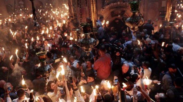 Το Άγιο Φως αναμένεται να φτάσει στην Ελλάδα στις 18:30