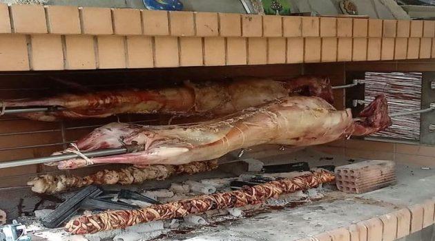 Αγρίνιο: Στις ταράτσες το σούβλισμα του οβελία (Photo)