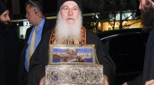 Εσπευσμένα στον Ευαγγελισμό με κορωνοϊό ο Εφραίμ από τη Μονή Βατοπεδίου