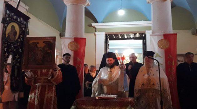Αγρίνιο – H Ανάσταση του Κυρίου στoν Ι.Ν. Αγίας Τριάδος (Videos – Photos)
