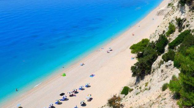 Οι παραλίες της Αιτωλοακαρνανίας που πήραν τη Γαλάζια Σημαία για το 2021