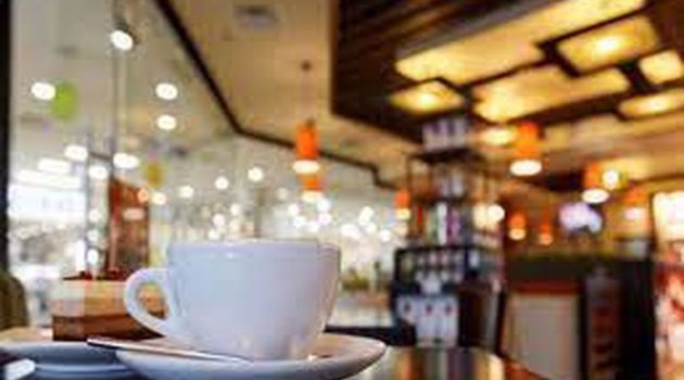 Αγρίνιο: 5.000 ευρώ πρόστιμο σε κεντρικό καφέ