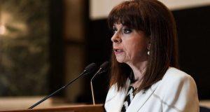 Πανελλαδικές 2021: Το μήνυμα της Κατερίνας Σακελλαροπούλου στους υποψηφίους
