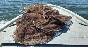 Κατάσχεση παράνομων αλιευτικών στη Λιμνοθάλασσα Αγίας Τριάδας Αιτωλικού