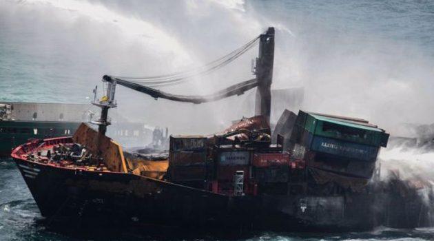 Μεγάλη οικολογική καταστροφή: Κοντέινερ, πλαστικά, χημικά ξεβράστηκαν σε ακτές