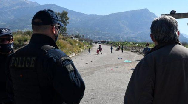 Ανταλλαγή πυροβολισμών σε καταυλισμό Ρομά στη Θήβα, πέντε τραυματίες