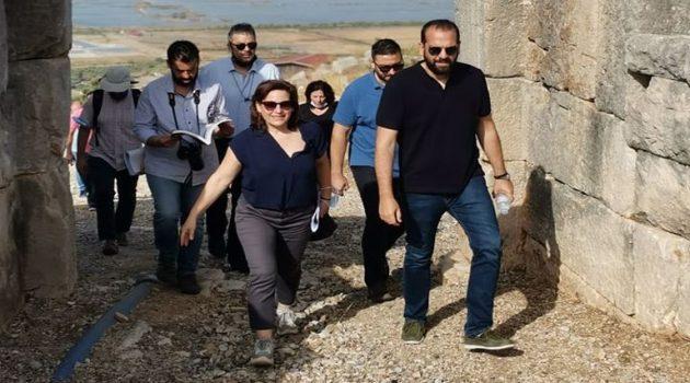 Στο Αρχαίο Θέατρο Πλευρώνας ο Νεκτάριος Φαρμάκης (Photos)